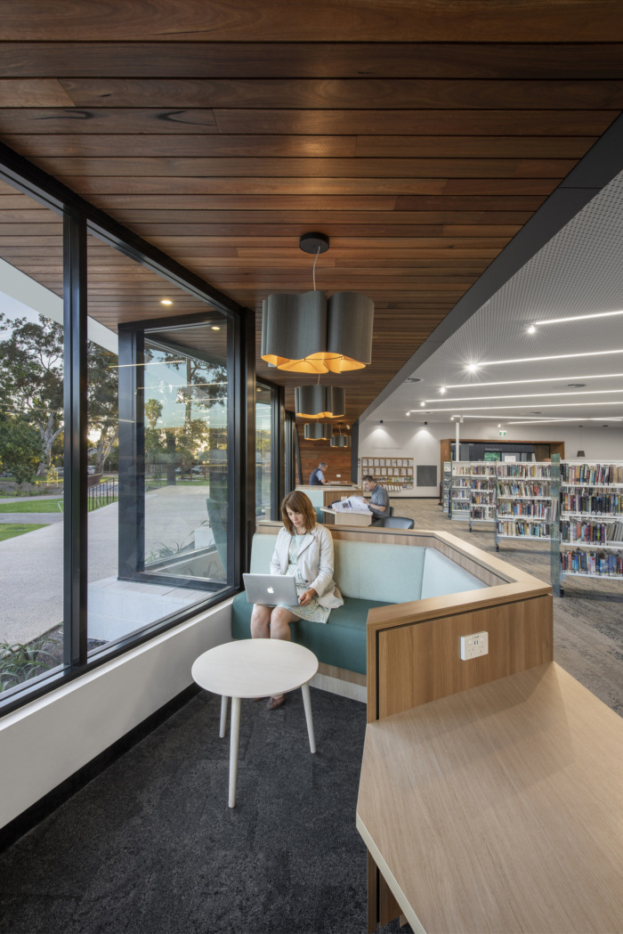 Mitcham Memorial Library - 0